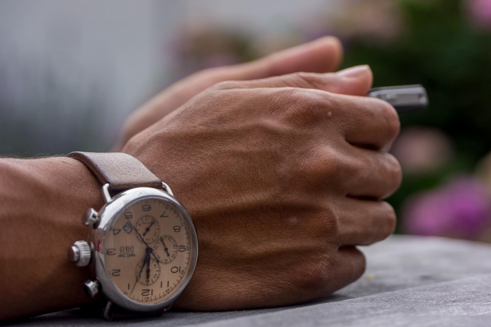 hands-wrists-clock-watch-time-accessory-human